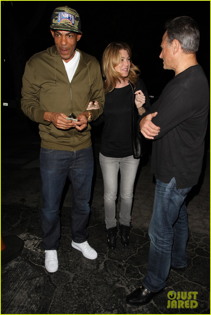 ellen pompeo chris ivery date night kisses 02