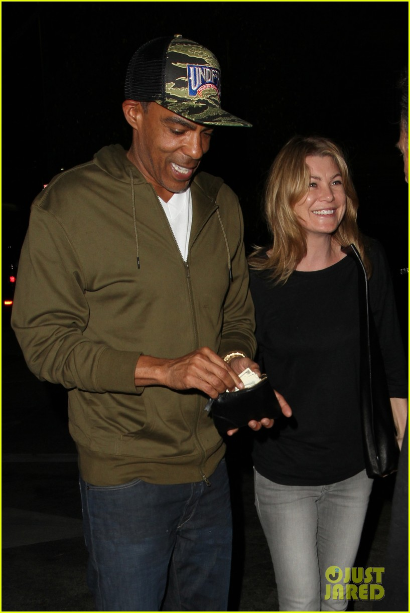 ellen pompeo chris ivery date night kisses 12