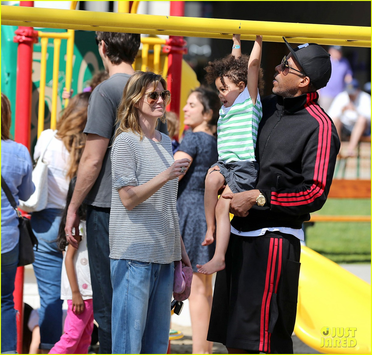 ellen pompeo monkeybars with stella 072837433