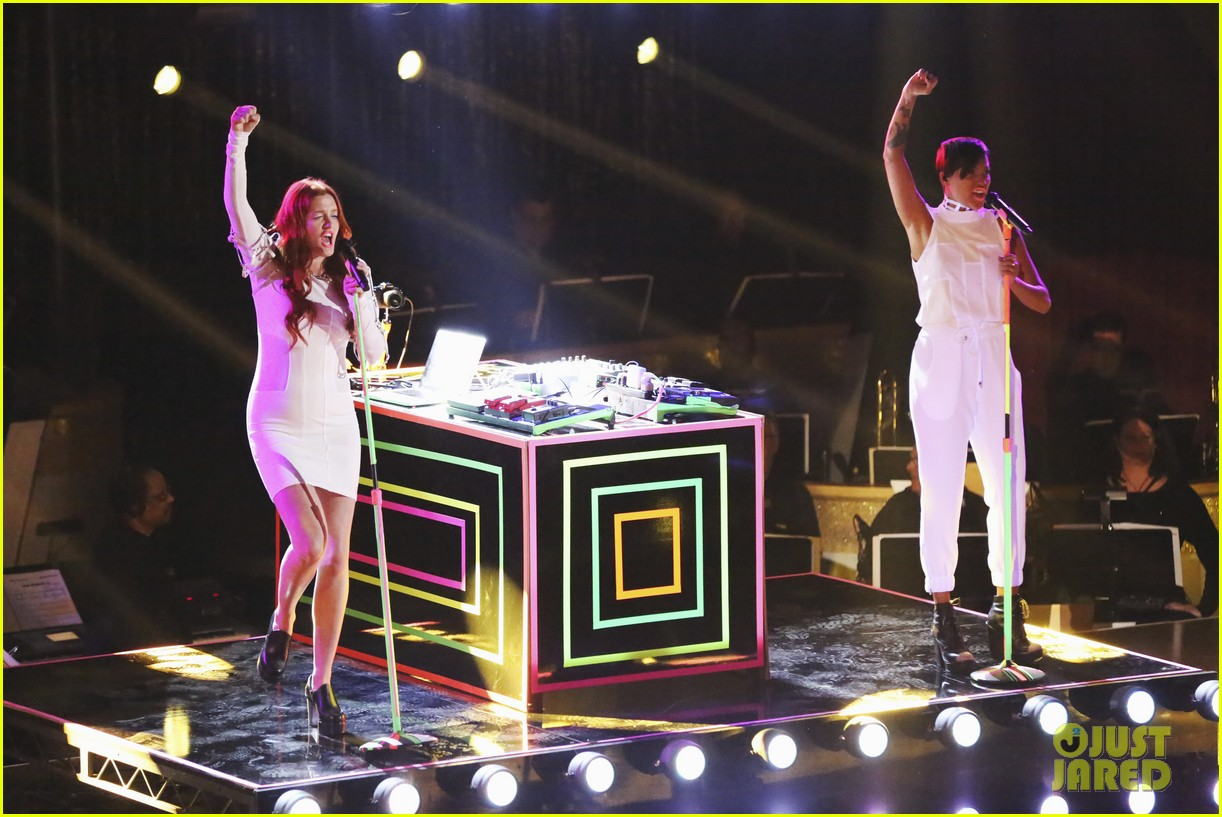 icona pop dancing with the stars performance 02