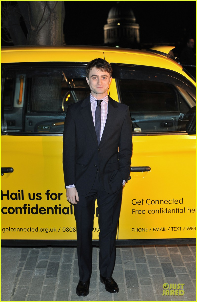 daniel radcliffe get connected charity auction 012825605