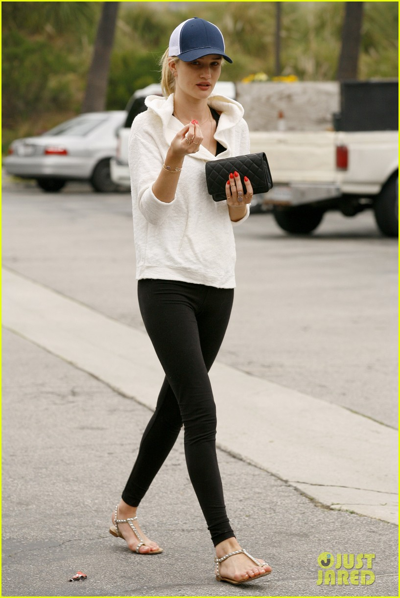 rosie huntington whiteley healthy juice run 14