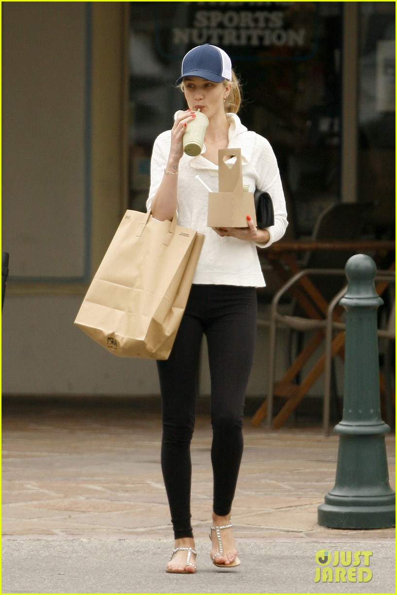 rosie huntington whiteley healthy juice run 18
