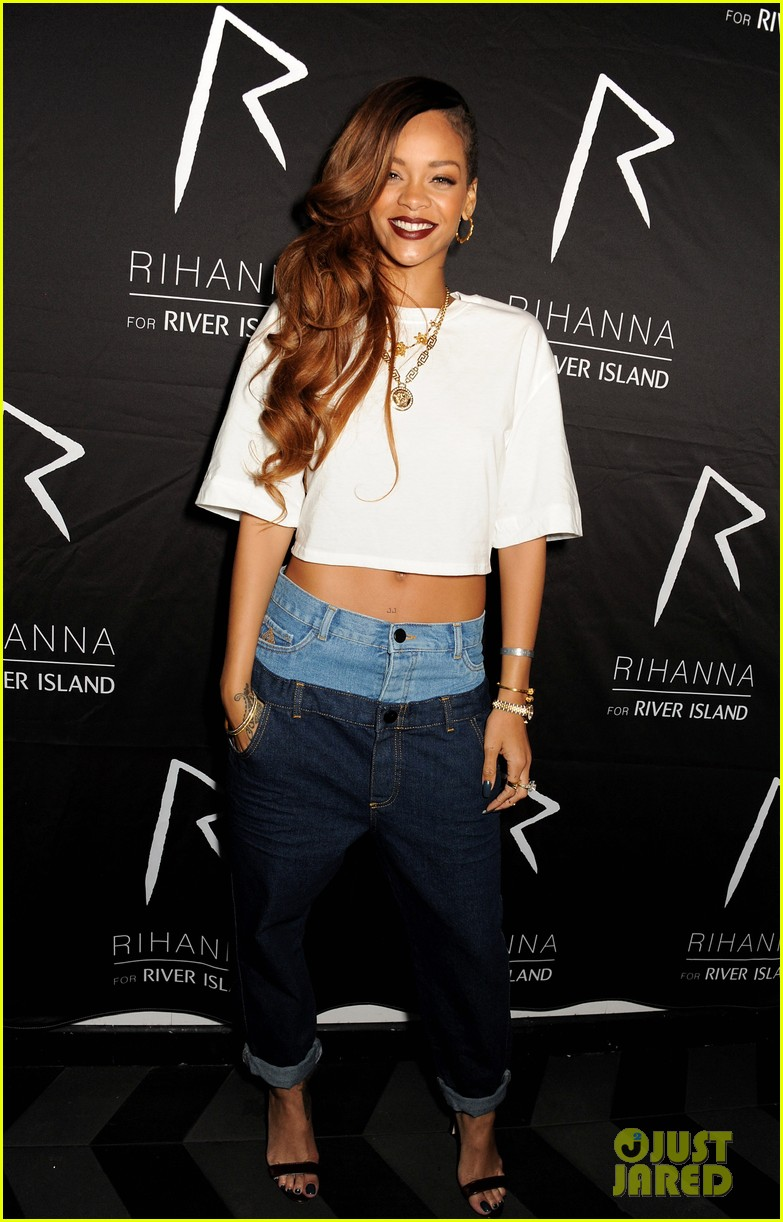 rihanna double jeans look at river island after party 01