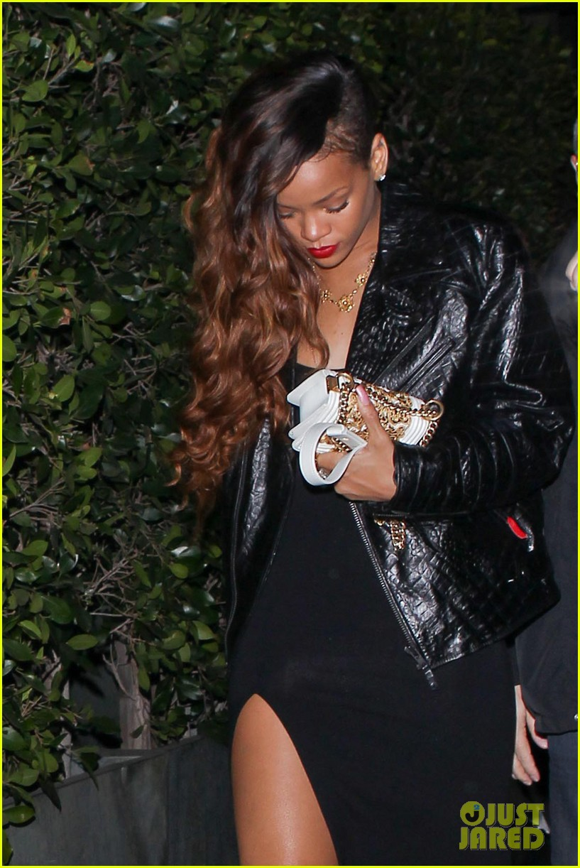 rihanna talks taking back chris brown 02