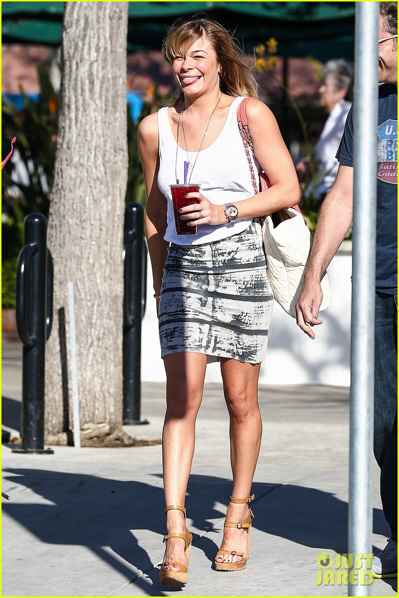 leann rimes malibu country mart retail therapy 19