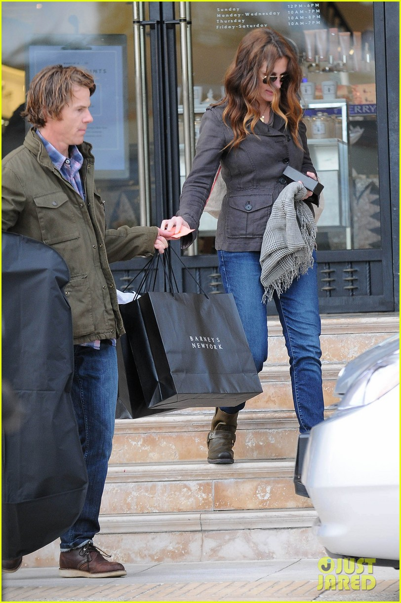 julia roberts barneys new york shopper 08