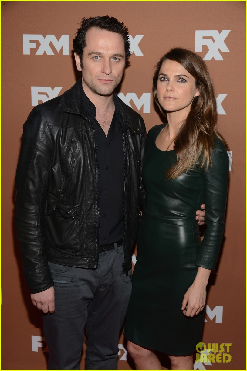 keri russell charlie hunnam fx upfront bowling event 02