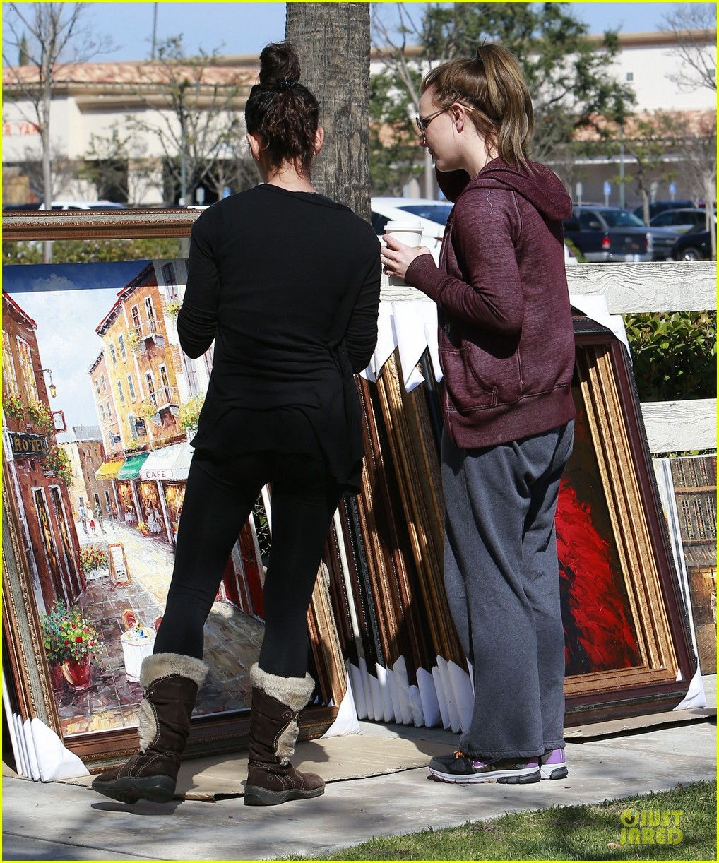 britney spears painting shopping gal 13