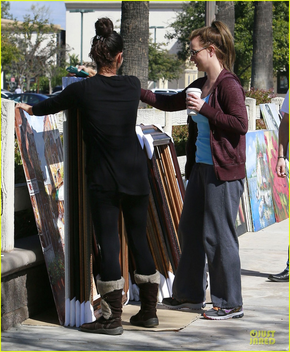 britney spears painting shopping gal 15