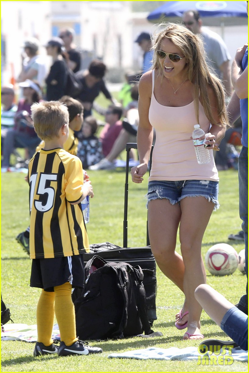 britney spears proud soccer mom 092832398