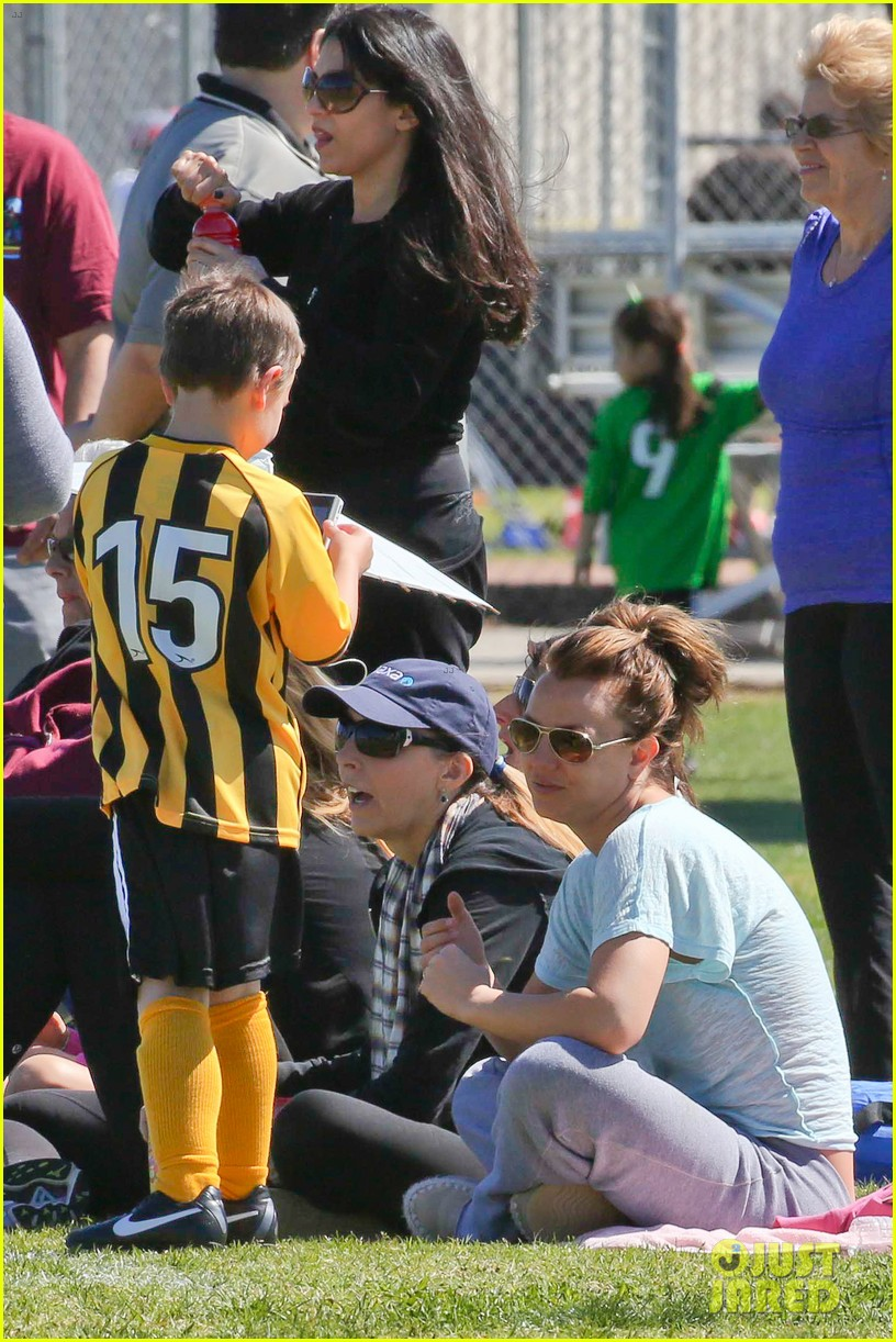 britney spears sunday soccer mom 33