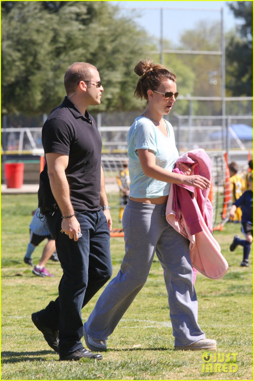 britney spears sunday soccer mom 40