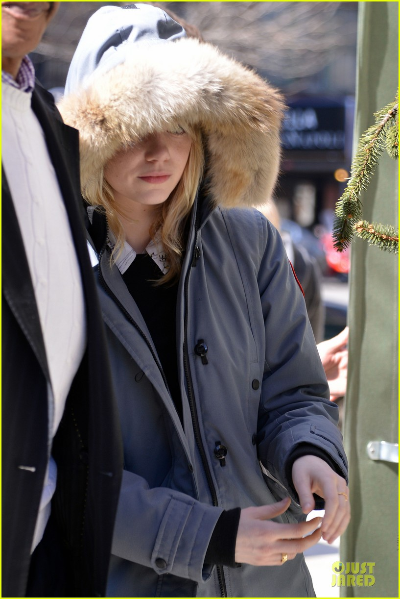 emma stone andrew garfield low profile new york outing 02