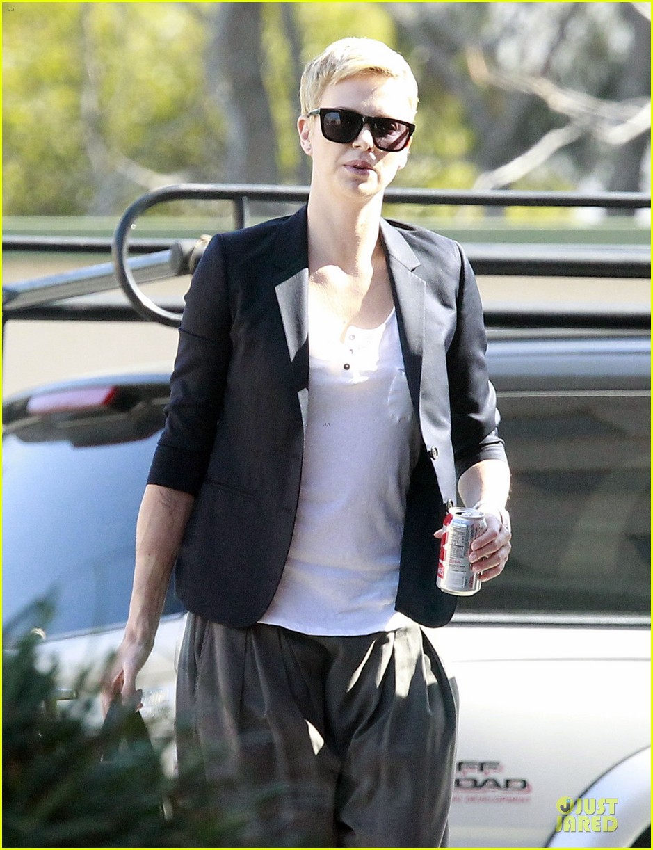 charlize theron disney studios meeting 12