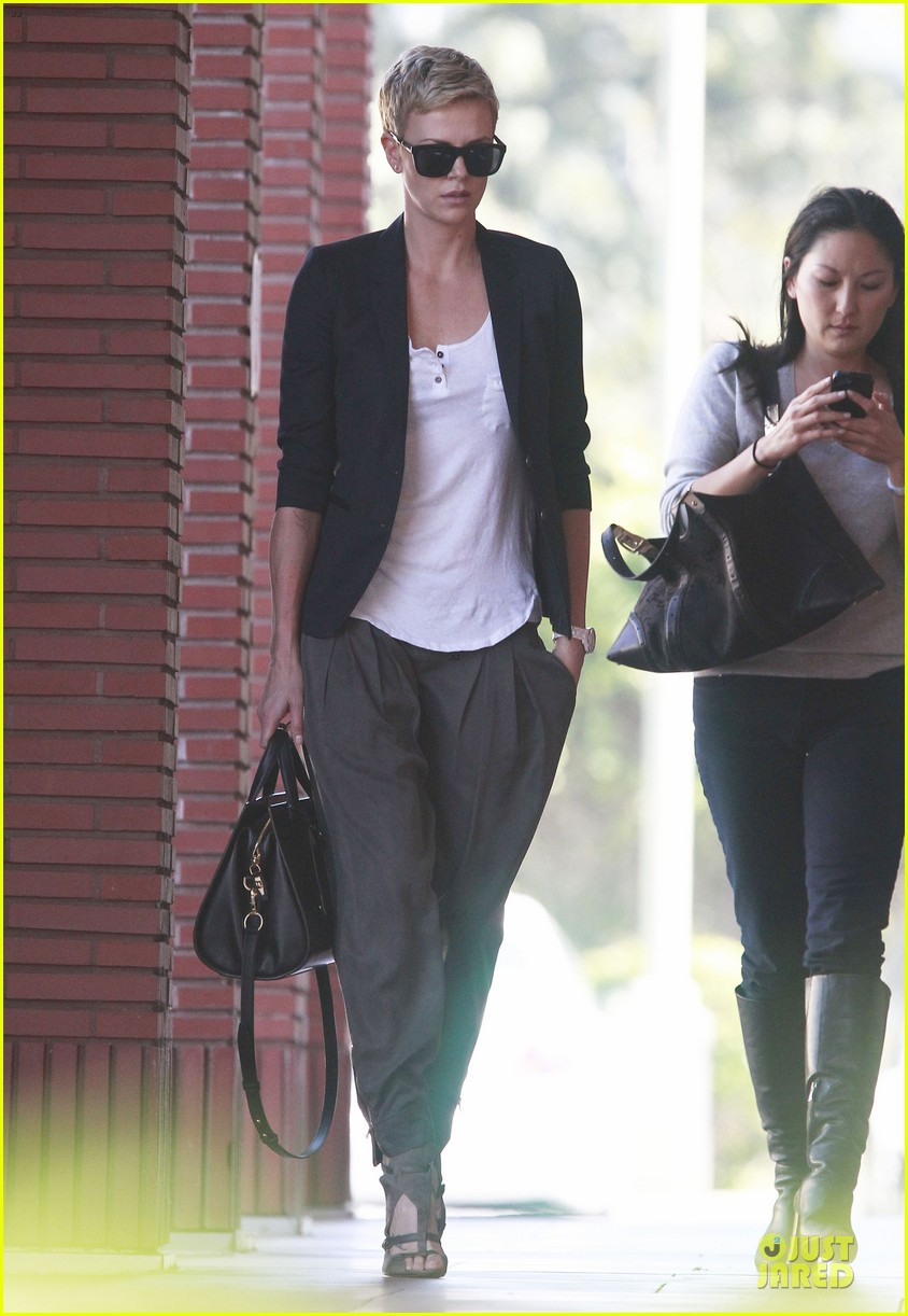 charlize theron disney studios meeting 15