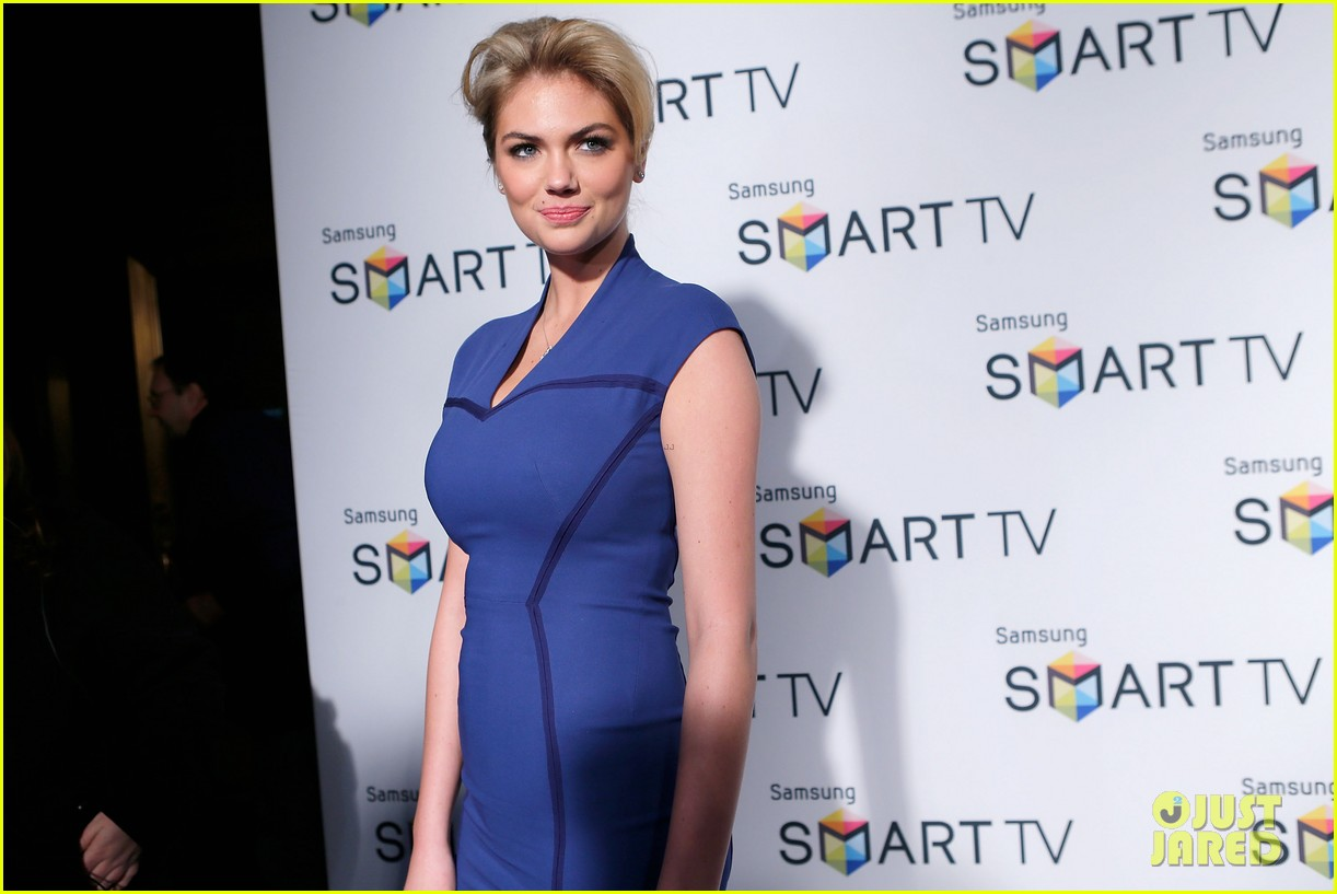 kate upton samsung spring 2013 launch party 07