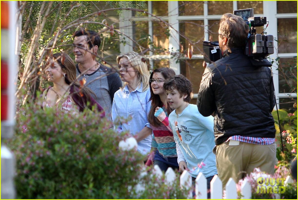 sofia vergara modern family season finale filming 042831150