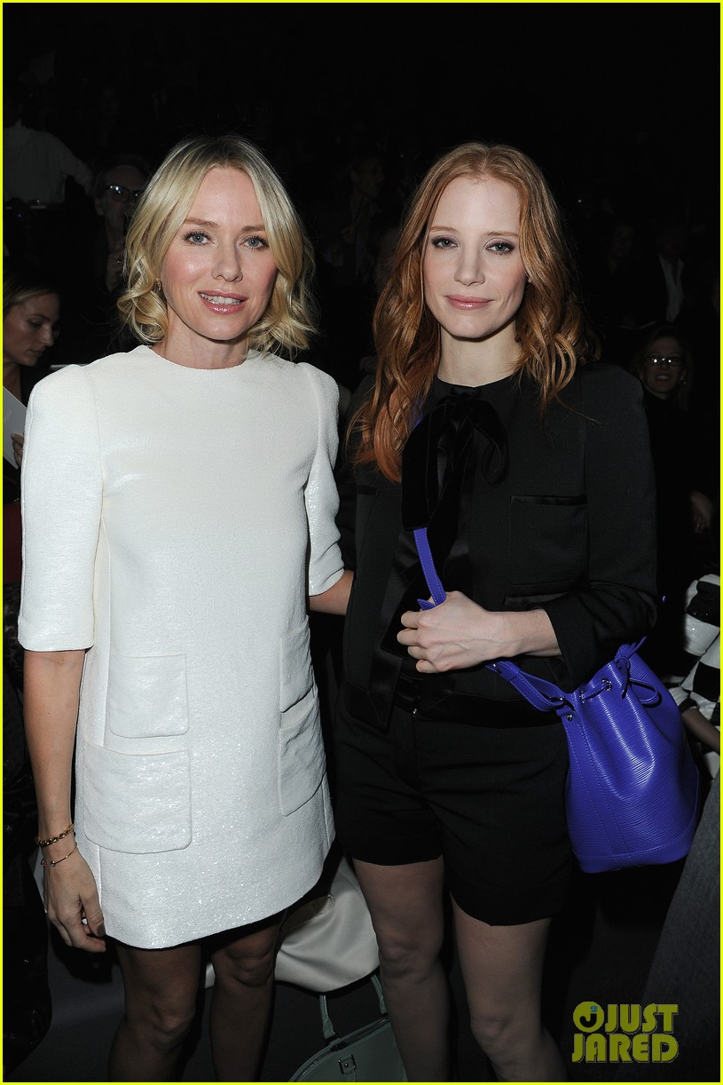 naomi watts jessica chastain louis vuitton fashion show 03