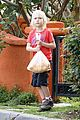 naomi watts neighboring visit with the boys 02
