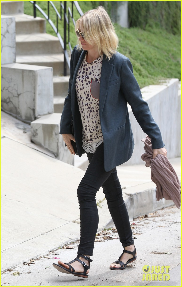 naomi watts liev schreiber separate sunny outings 03