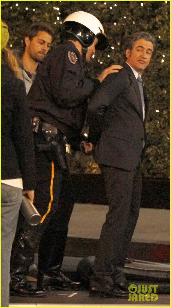 zooey deschanel beso new girl filming 10