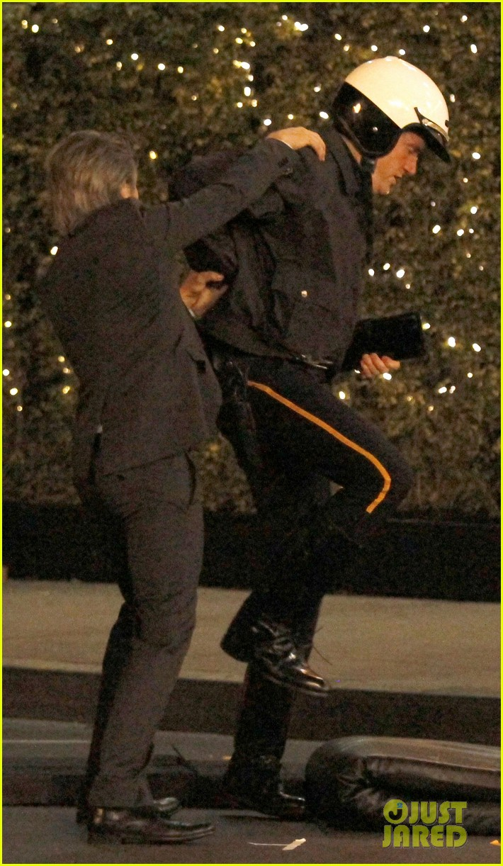 zooey deschanel beso new girl filming 19