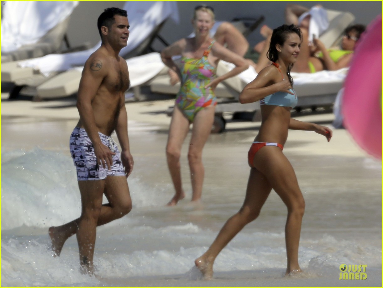jessica alba st barts bikini babe with shirtless cash warren 382844157