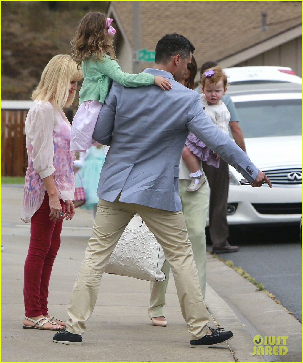jessica alba cash warren pastels on easter sunday 06