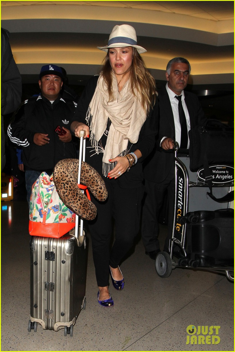 jessica alba cash warren from st barts to lax 08