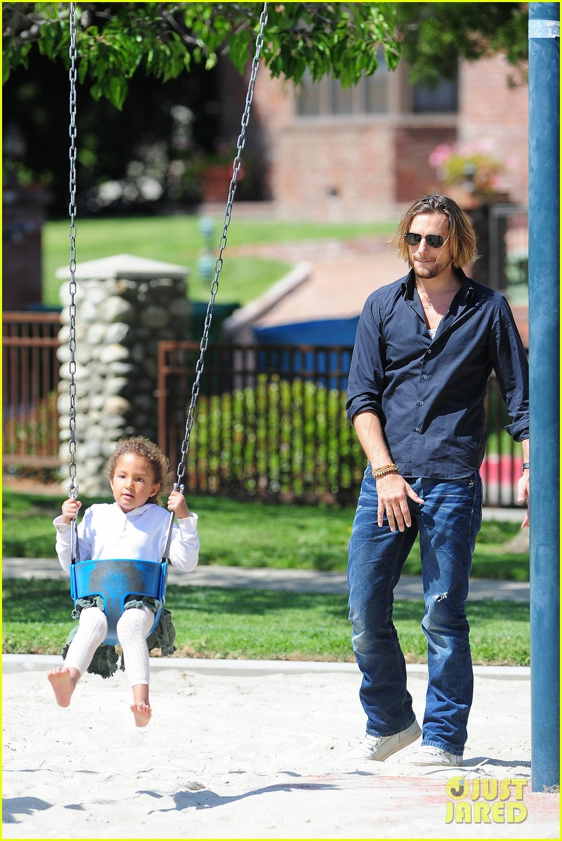 gabriel aubry park playtime with nahla 06