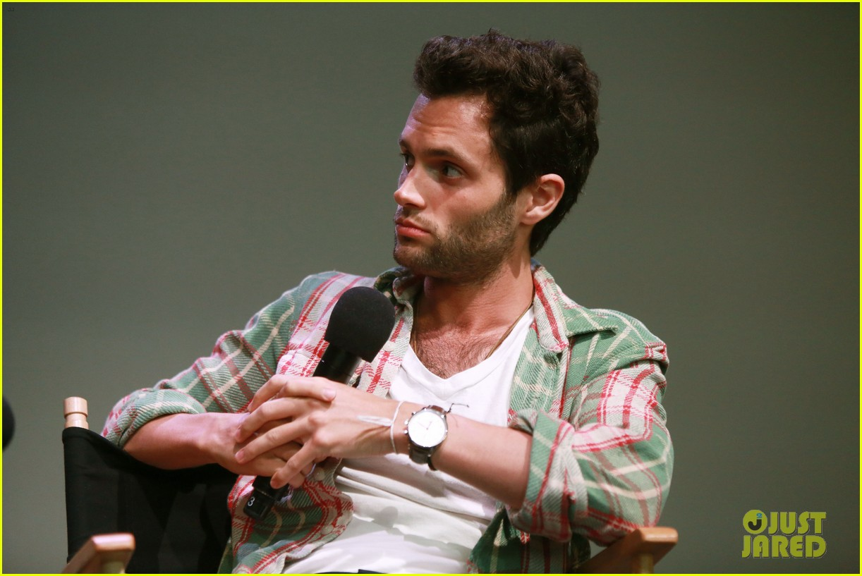 penn badgley greetings from tim buckley apple event 112858308