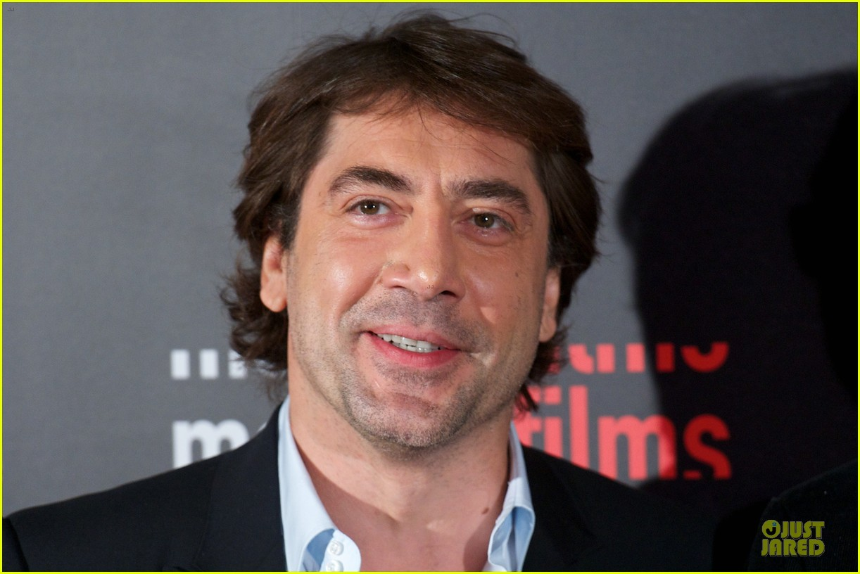 javier bardem alacran enamorado photo call with brother carlos 092846649