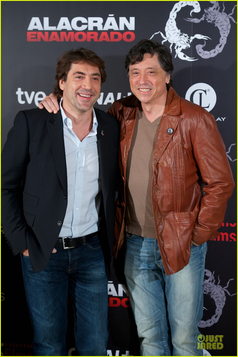 javier bardem alacran enamorado photo call with brother carlos 12