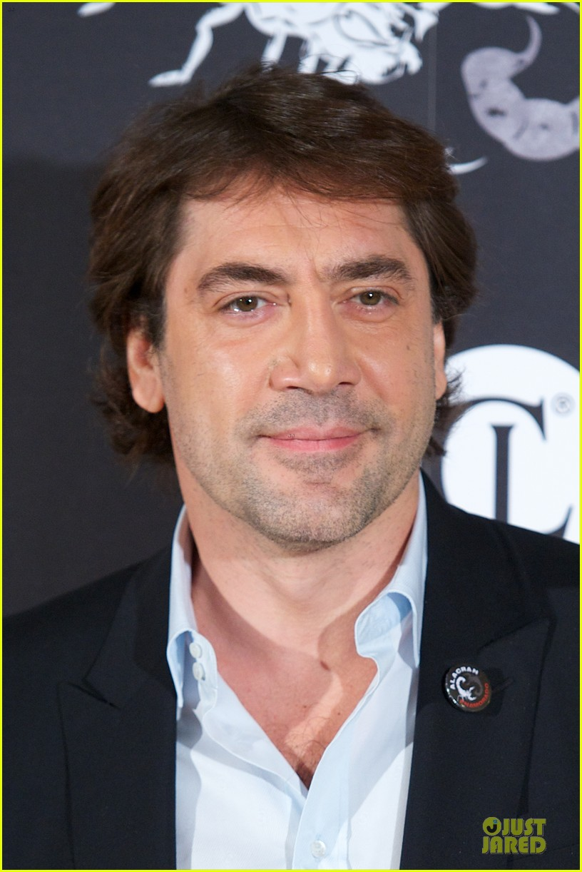 javier bardem alacran enamorado photo call with brother carlos 18
