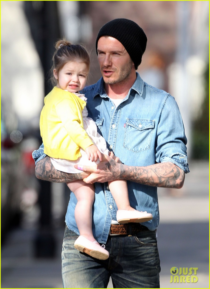 victoria david beckham day out with harper 08