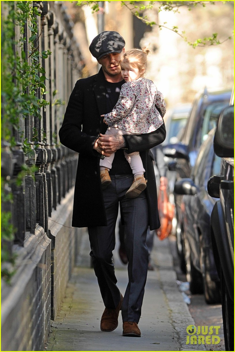 victoria david beckham day out with harper 11