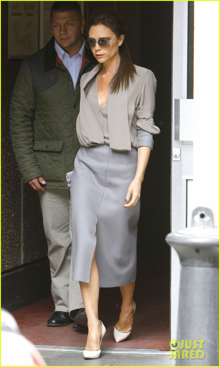 victoria david beckham separate london outings 01