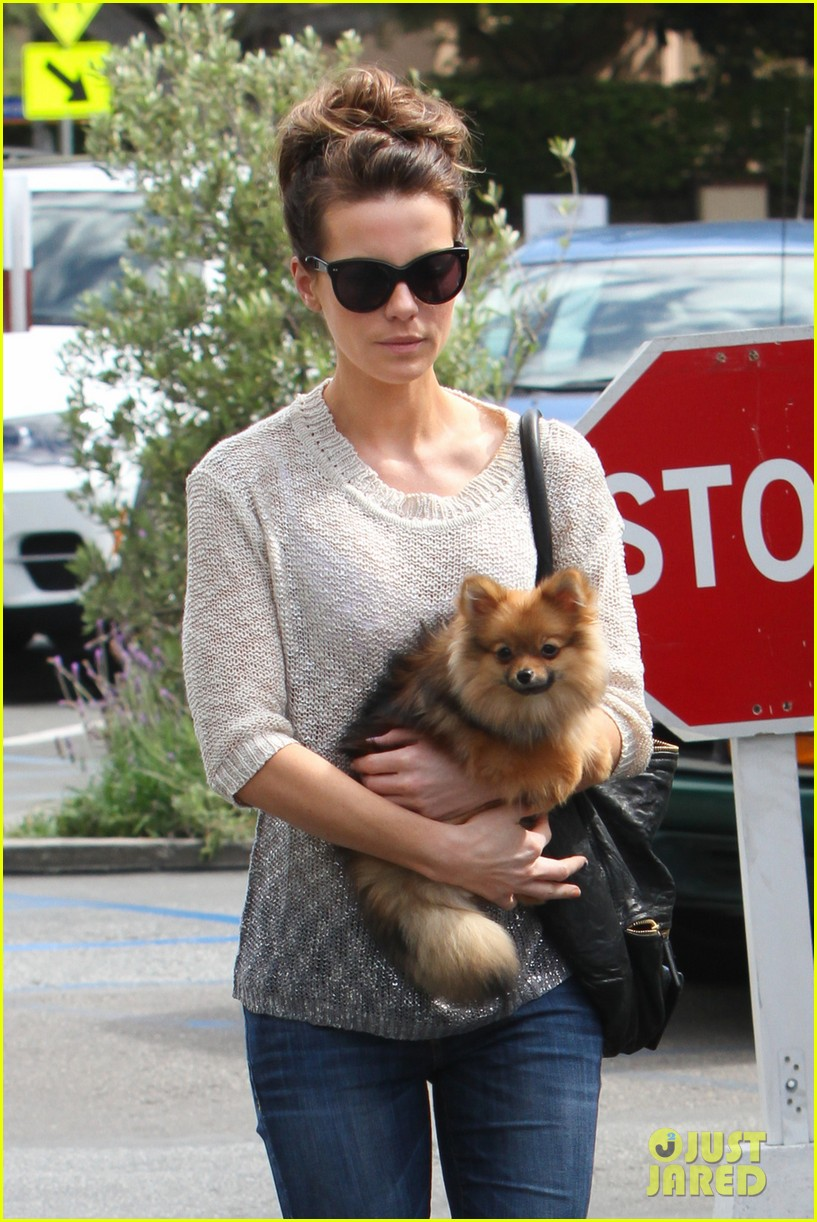 kate beckinsale brentwood country mart beauty 022846786