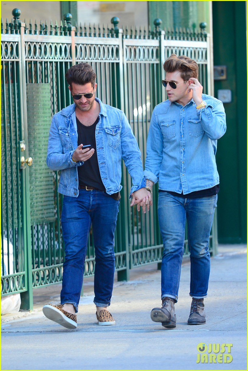 nate berkus jeremiah brent kiss kiss in new york 05