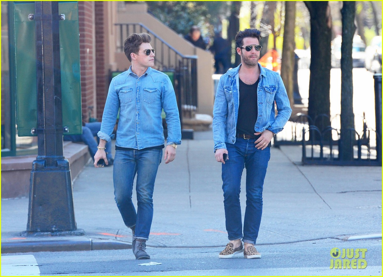 nate berkus jeremiah brent kiss kiss in new york 062852326