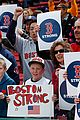 boston red sox pay tribute to bombing victims 03