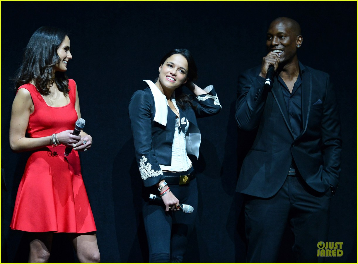 jordana brewster paul walker fast furious 6 cinemacon presentation 07