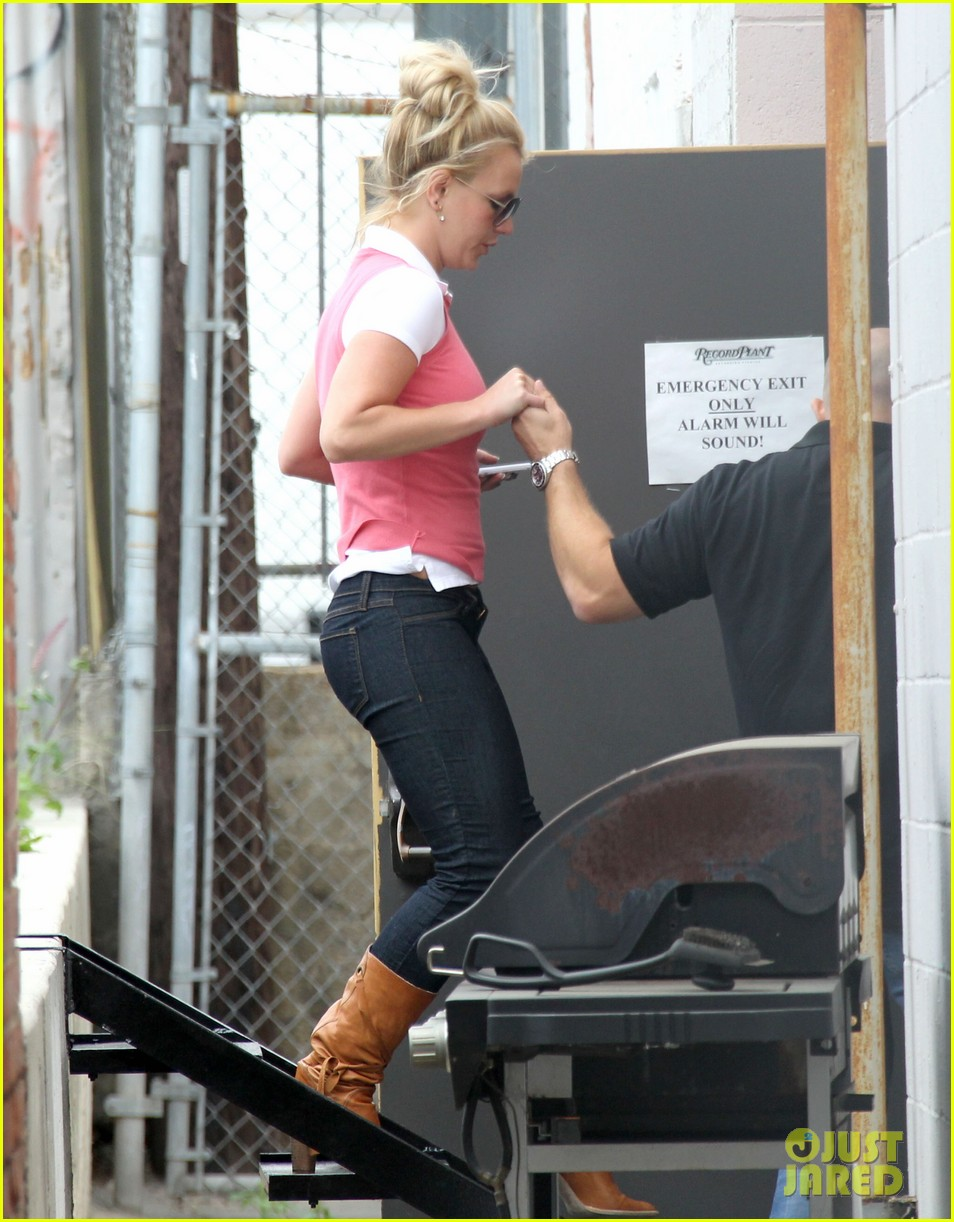 britney spears studio stop 03