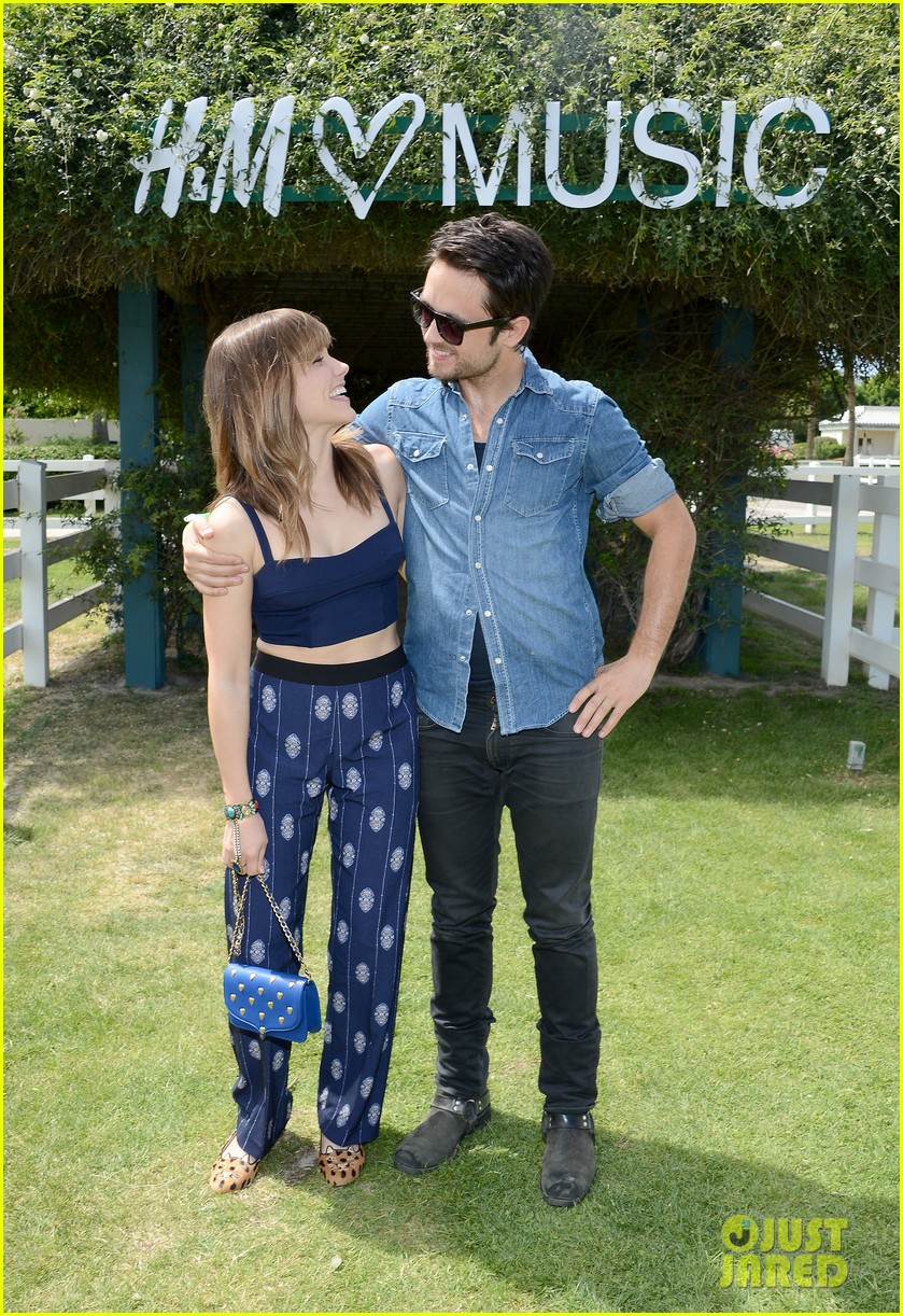 sophia bush justin chatwin hm coachella music party 30