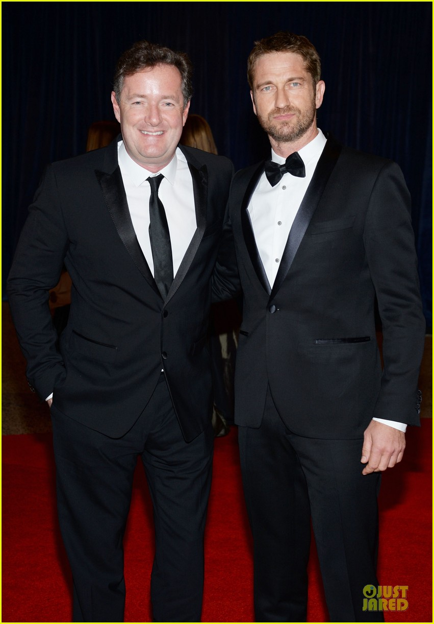 gerard butler white house correspondents dinner 2013 red carpet 012859525