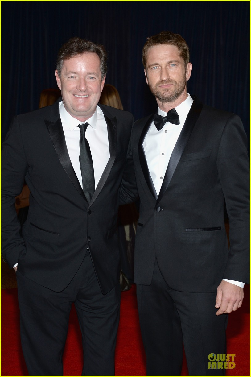 gerard butler white house correspondents dinner 2013 red carpet 03