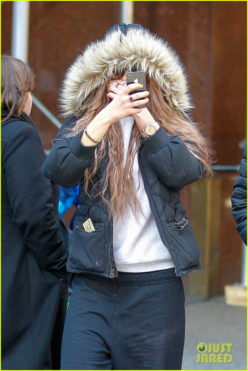 amanda bynes birthday smiles in new york city 16