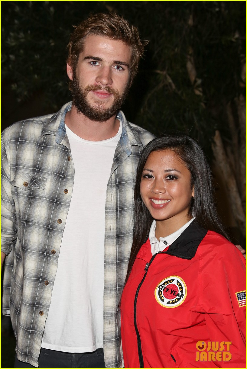 chris liam hemsworth city year los angeles fundraiser 2013 062854652