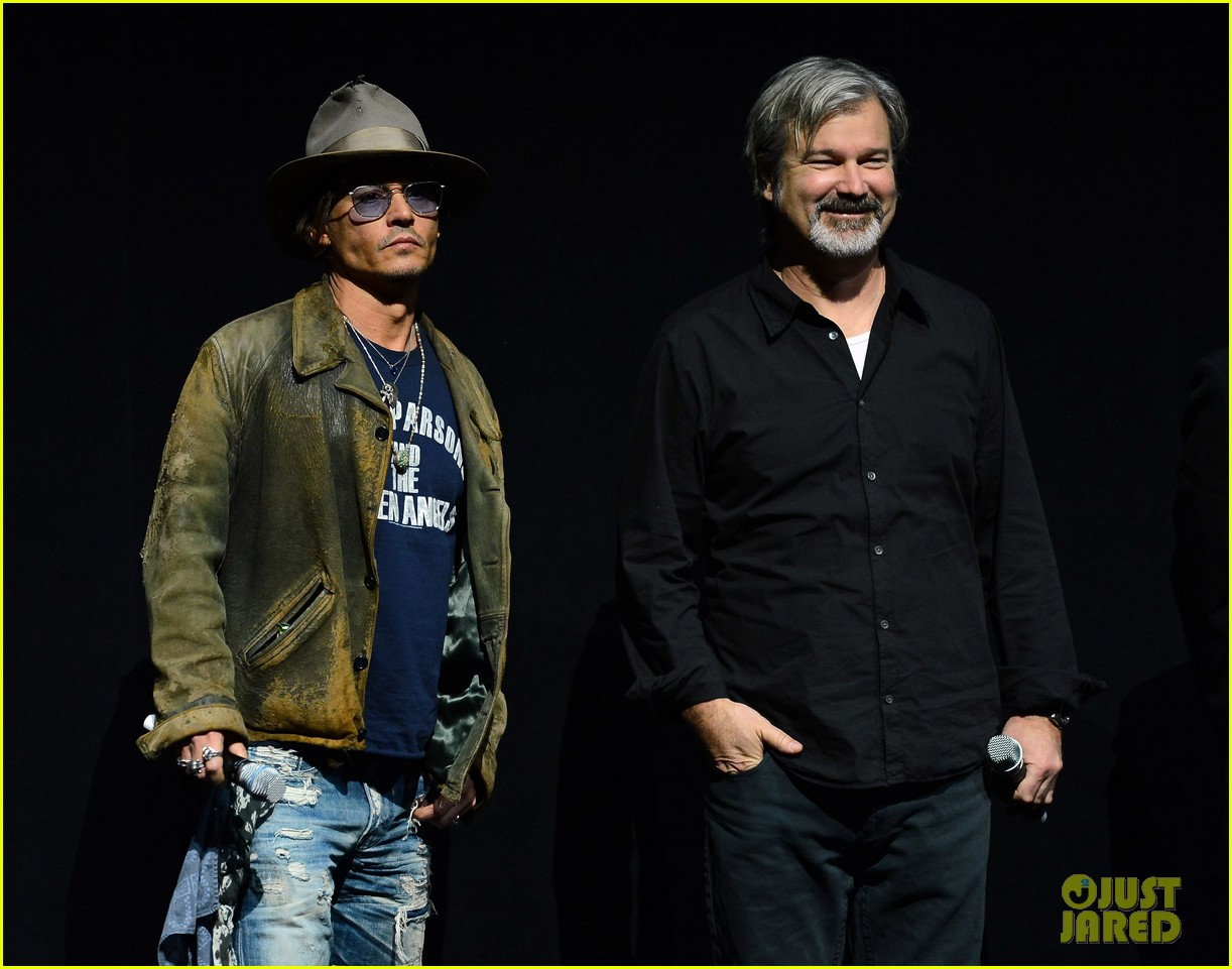 johnny depp armie hammer lone ranger at cinemacon 02